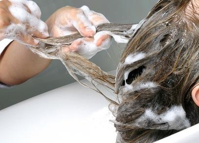 Vier Haarmasken gegen Haarausfall: Natürliche Heilmittel
